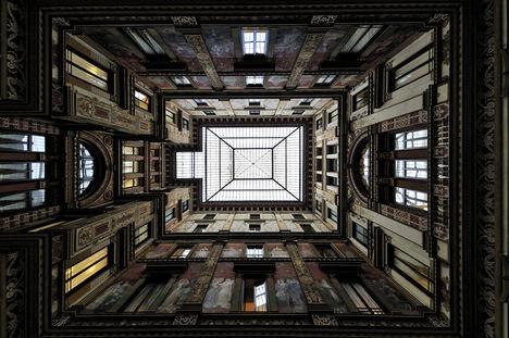 Palazzo Sciarra1