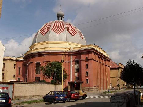 Kassa Kozma Lajos által tervezett neológ zsinagóga