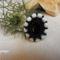 fekete-fehér gyűrű