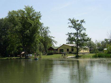 Kimle, Mosoni-Duna a Cvika Campingnél, 2003. június 23.-án