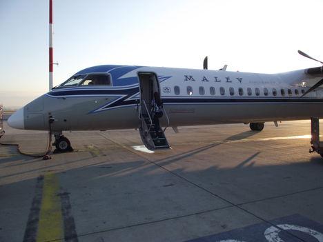 És irány Zürich....hát nem egy Boeing:)