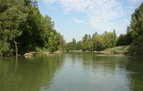 Feketeerdő, Mosoni-Duna a belterület feletti szakaszon, 2006. szeptember 26.-án
