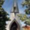 Az 1988-ban épült paksi Szentlélek-templom