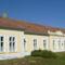 Máriakálnok, az 1908-ban épített Általános Iskola épülete, 2011. október 02.-án