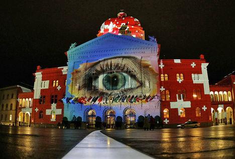 Berni városháza ünnepi díszben