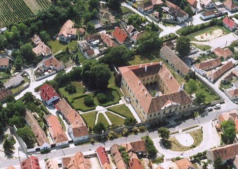 Püspöki kastély