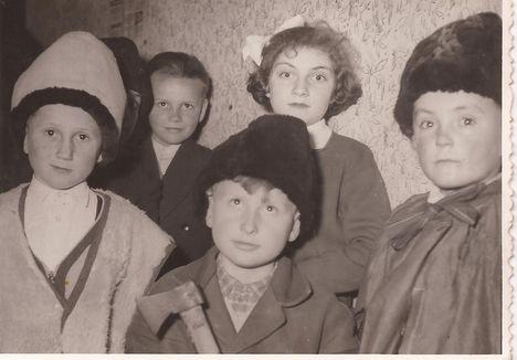 Színdarab 1957
