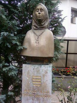 Budai temetőkben: Szt. Gellért Plébánia és Farkasrét 6