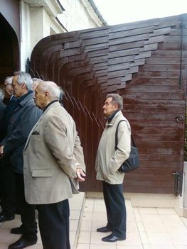 Budai temetőkben: Szt. Gellért Plébánia és Farkasrét 8