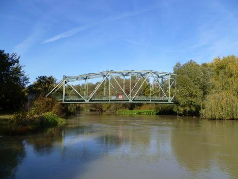 Mosonmagyaróvár, Mosoni-Duna, a Kálnoki híd, 2011. október 16.-án