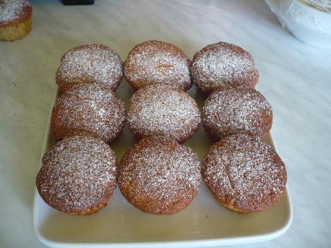 Almásfahéjas muffin
