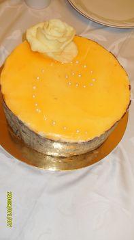 Narancsos mascarpone-hab torta