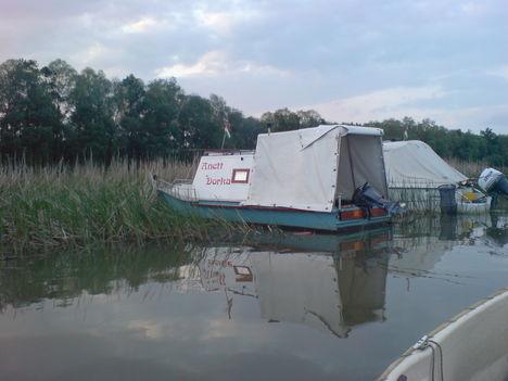 Tiszai csónakok