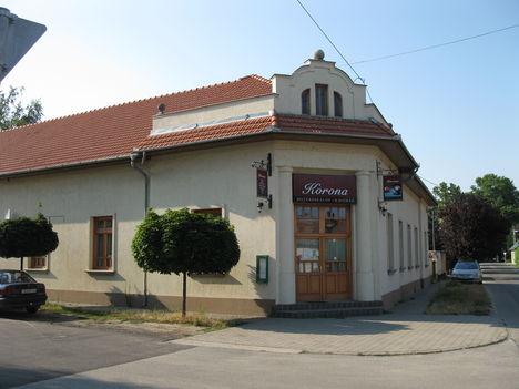 Korona kávéház (Lakitelek)