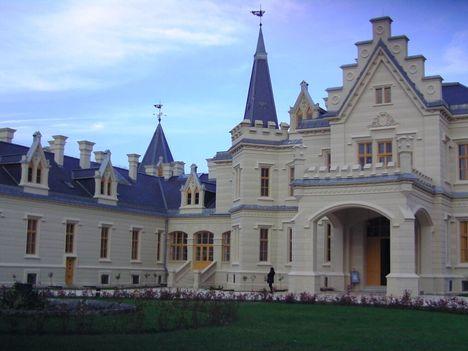 1.rész_Nádasdy kastély_Ilyen gyönyörű ma