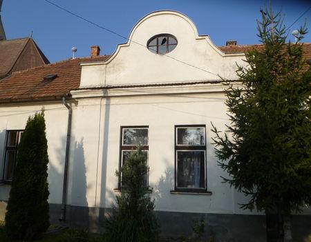 Darnózseli, Rákóczi utca 2., Az Öregek Klubjának az épülete, 2011. november 04.-én