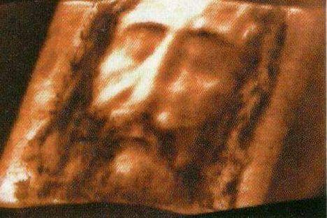 A torinói halotti lepel alapján Jézus három dimenzióban rekonstruált képe