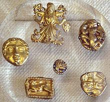 szkíta aranydíszek