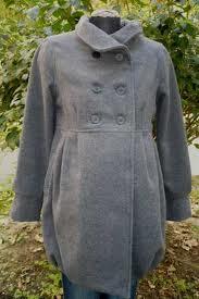 Egy elegáns kabát kismamáknak
