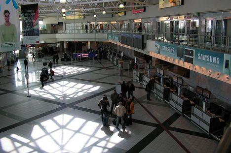 Terminal2 csarnoka