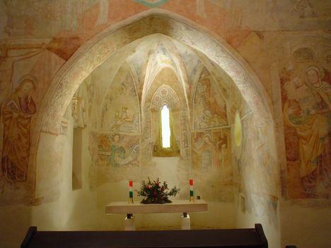 Árpádkori templom Velemér