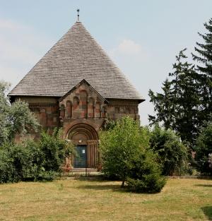 Karcsa XII.szazadi református templom 2
