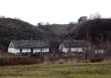 Szabolcs Földvár tanya