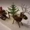 Mikulás, szarvas, fenyőfa