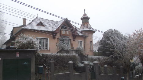 Régi tornyos ház a Marosvásárhelyi Fenyő utcában