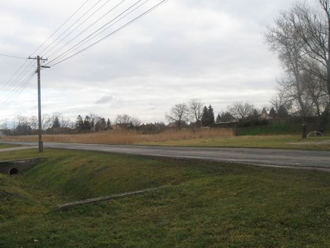 Földvétel - 2012. január