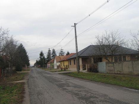 A Markotai azaz a Dózsa utca eleje