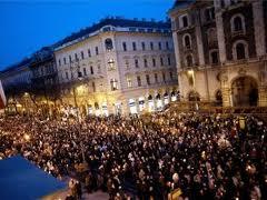 Százezres kormánypárti tüntetés Budapesten 2