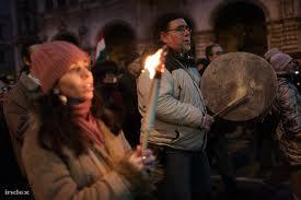 Százezres kormánypárti tüntetés Budapesten 9