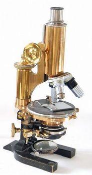 Leitz féle mikroszóp