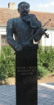 Fráter Lóránd érsemjéni szobra
