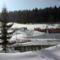 A felső szomszédok havas épitményei
