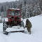 Ez a hó még a traktornak is sok!