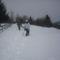 próbálunk útat törni a félméteres hóban