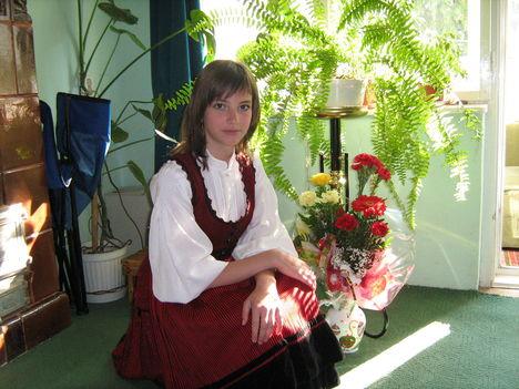 Bogi lányom is büszkén viseli