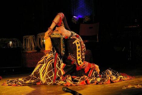 kalbelia (kigyobüvölö) tanc