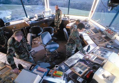 munka az irányítótoronyban