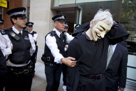 Occupy London kapitalistaellenes tüntetés társadalmi összefogás 14