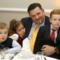 Lajos a gyerekekkel