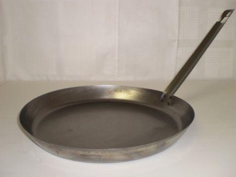 Palacsintasütő  fém