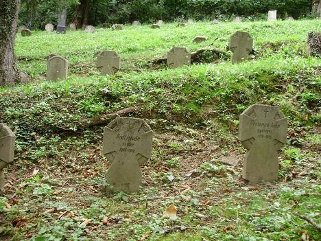 SOPRON-Hősök sírhelyei