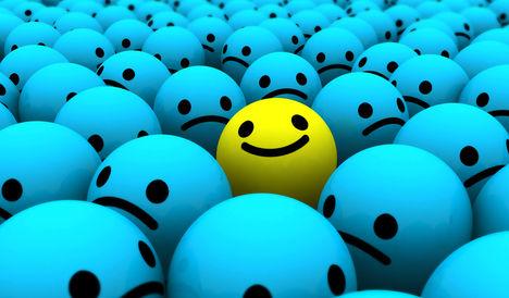 Tisztelettel megkérdezem  kinek mi jut e kép láttán az eszébe ? :) vajon miért mosolyog az egyik  golyócska ?