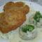 Rántott hús kelkáposzta gombóccal és fokhagyma mártással