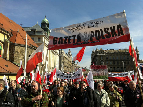 lengyelek a szabadságmenetben