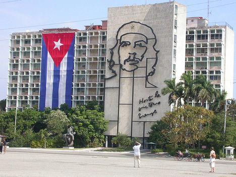a forradalom tere Havannában