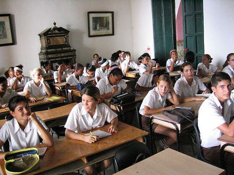 kubai iskolások
